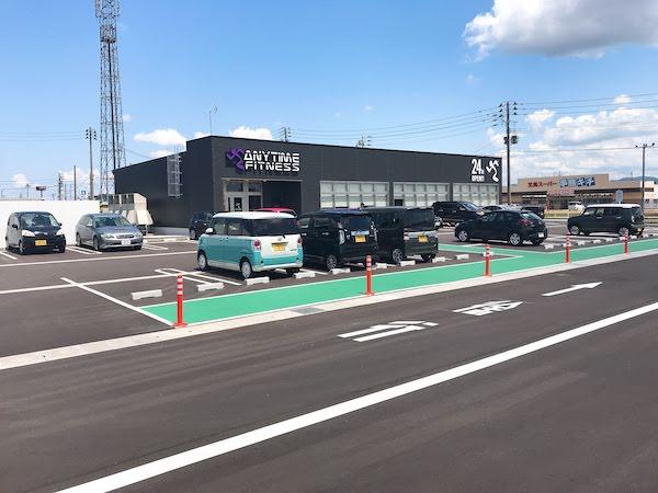 20台ほど駐車可能な駐車場